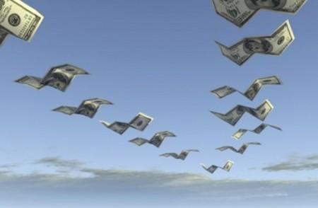 dolares-volando
