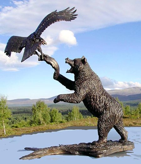 bear_and_eagle1