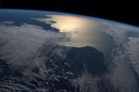 Amanecer en Argentina, desde órbita