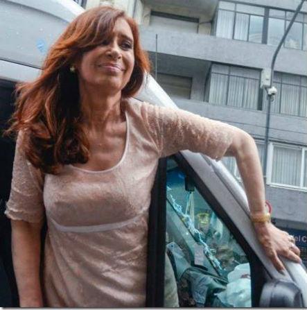 CFK-CFK-Facebook